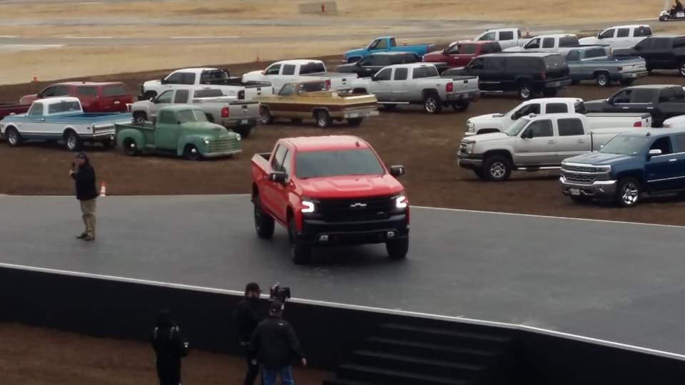 2019-Chevy-Silverado4