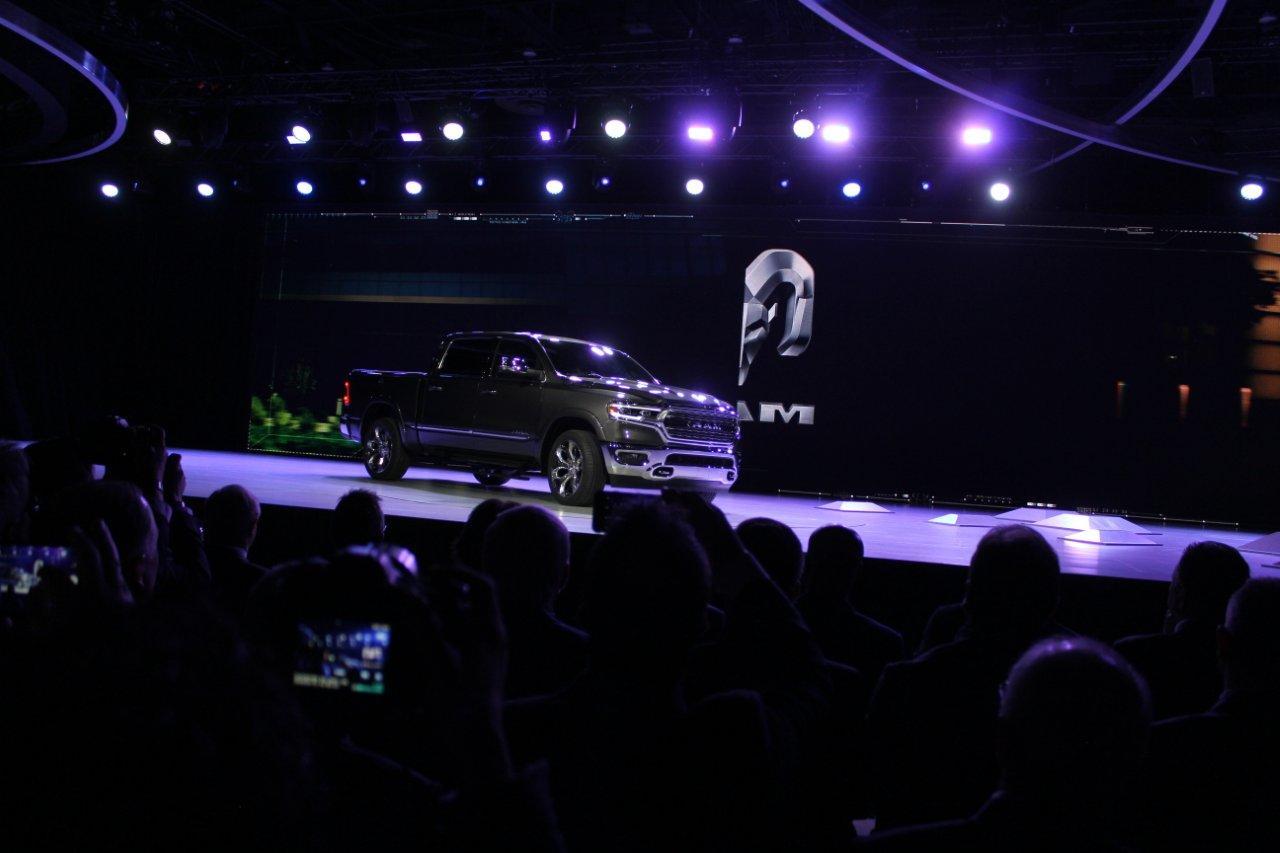 Detroit 2018 - new trucks 100
