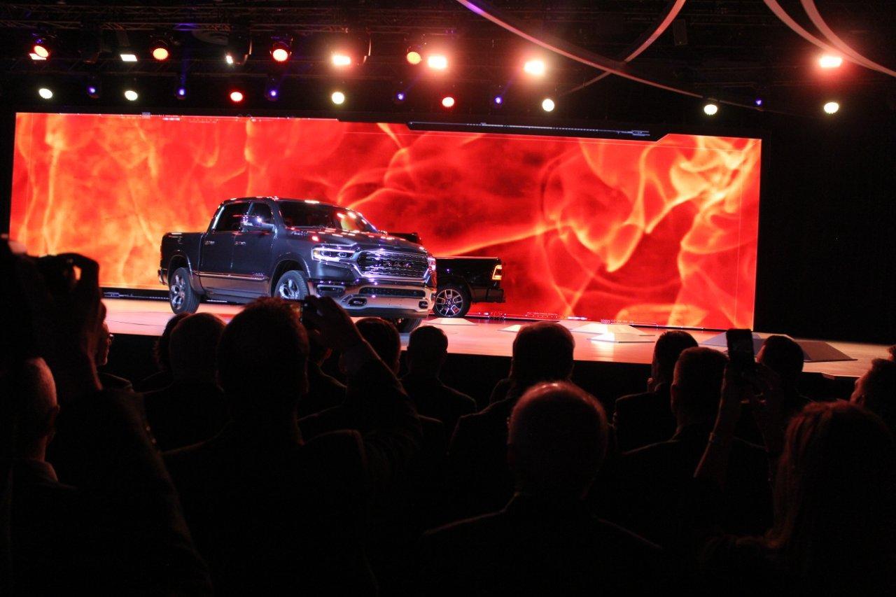 Detroit 2018 - new trucks 102