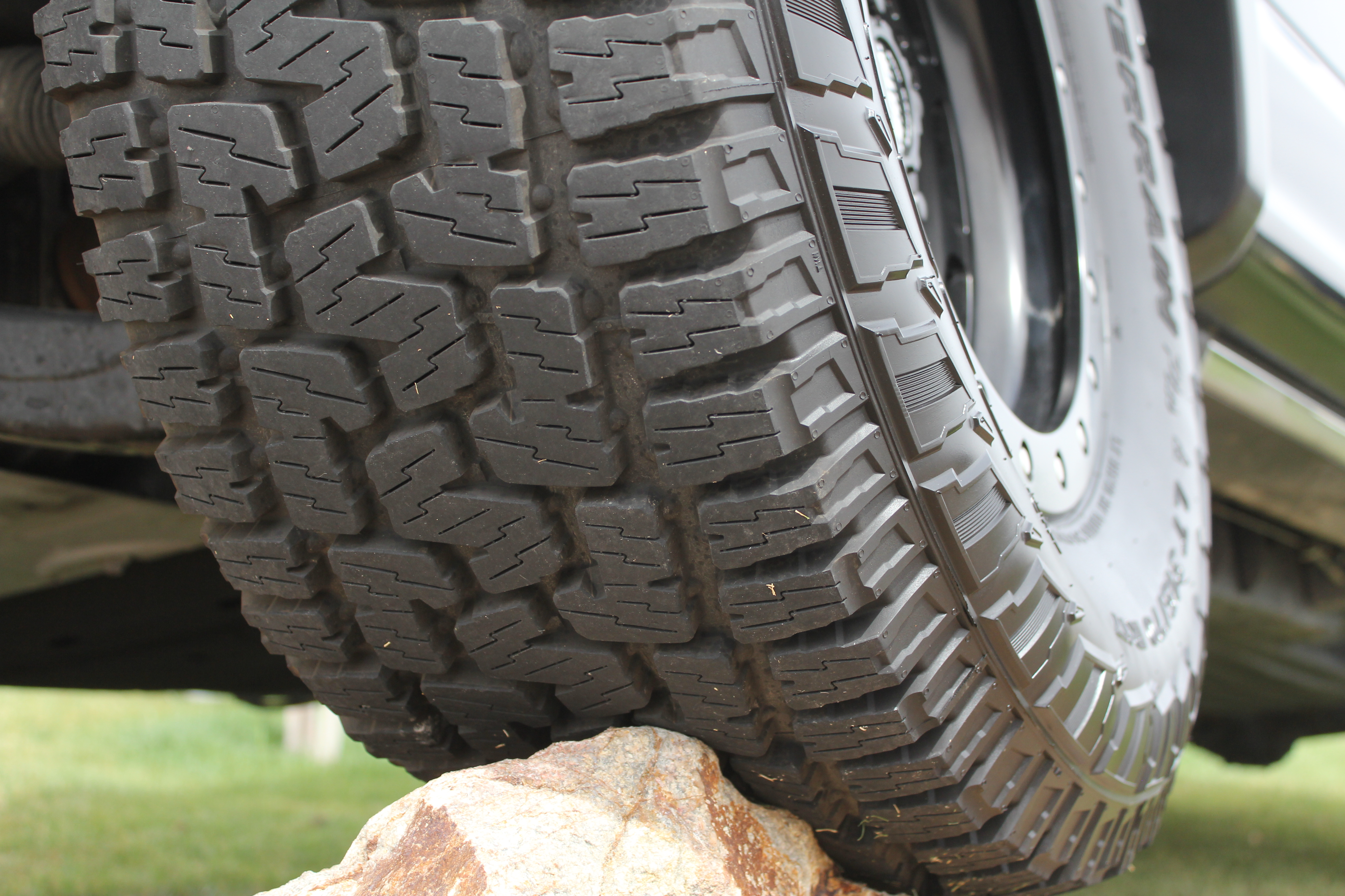 Pirelli Scorpion All Terrain Plus intro 018